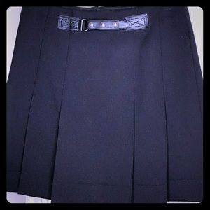 BURBERRY BLACK PLEATED WOOL SKIRT